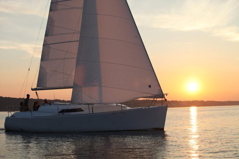 Морская прогулка на яхте DIDI 34 «Эстра»