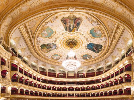 Экскурсия в Одесский оперный театр